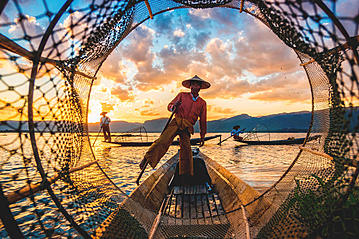 Small gettyimages myanmar inle see 871019212 rmnunes 2019 02 26 export 600 800