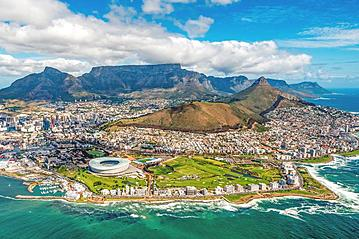 Small gettyimages cape town and the 12 apostels from above in south africa 620737858 ben1183 2019 05 23 export 600 800